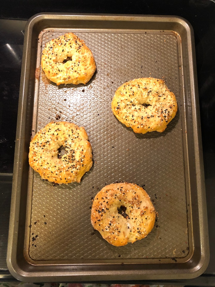 Under 200 Calorie 2 Ingredient Bagels